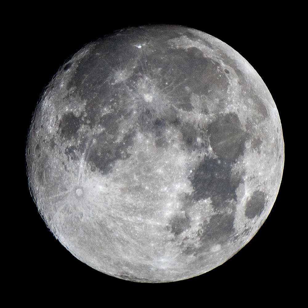 symonchow-moon.jpg