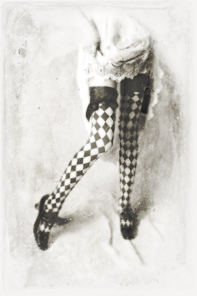 symonchow-legs2.jpg